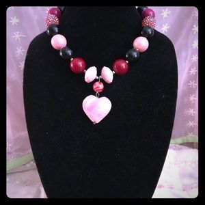 Jewelry - Beautiful pink black and red bead necklace